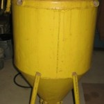 Complete view of a abrasive sandblaster from Philadephi from Barbara.